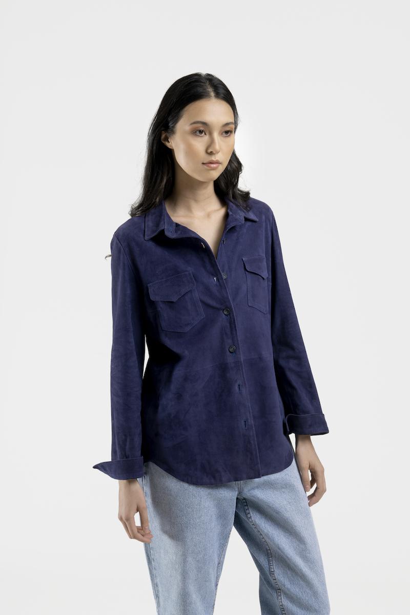 Monica-veste-chemise-daim-closeup