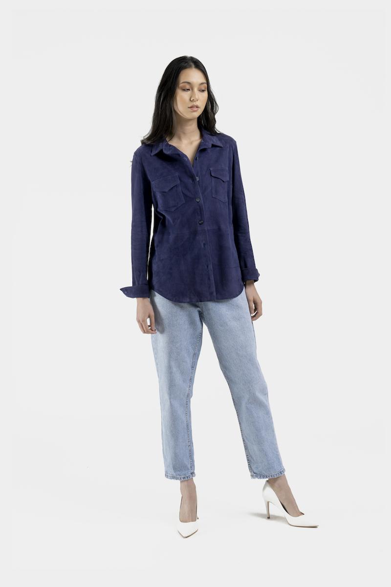 Monica-veste-chemise-daim-devant
