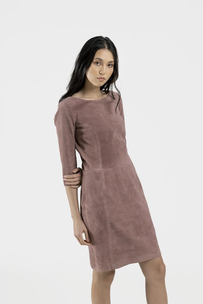 Porto-robe-daim-stretch-rose-closeup