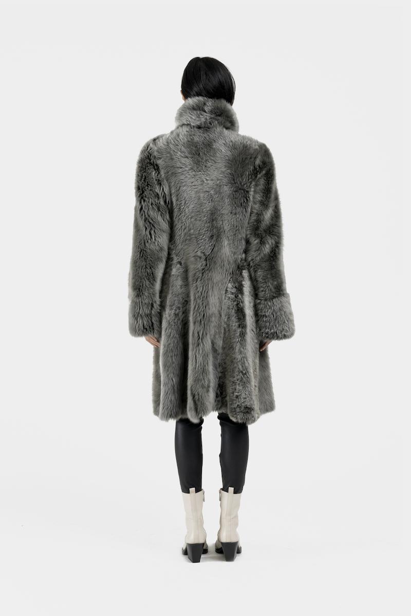 Andrea-long-manteau-reversible-agneau-retourne-toscane-dos-peau