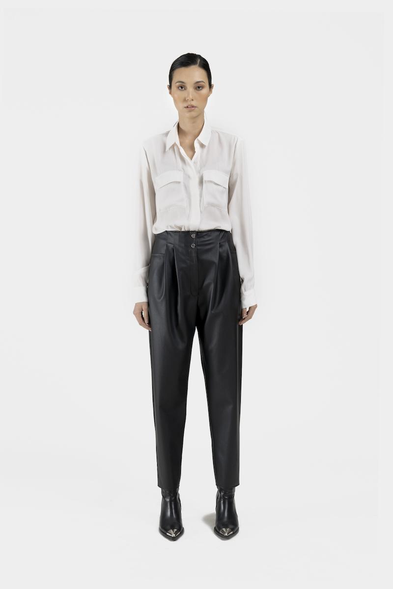 Verona-pantalon-taille-haute-coupe-droite-cuir-vegan-dev