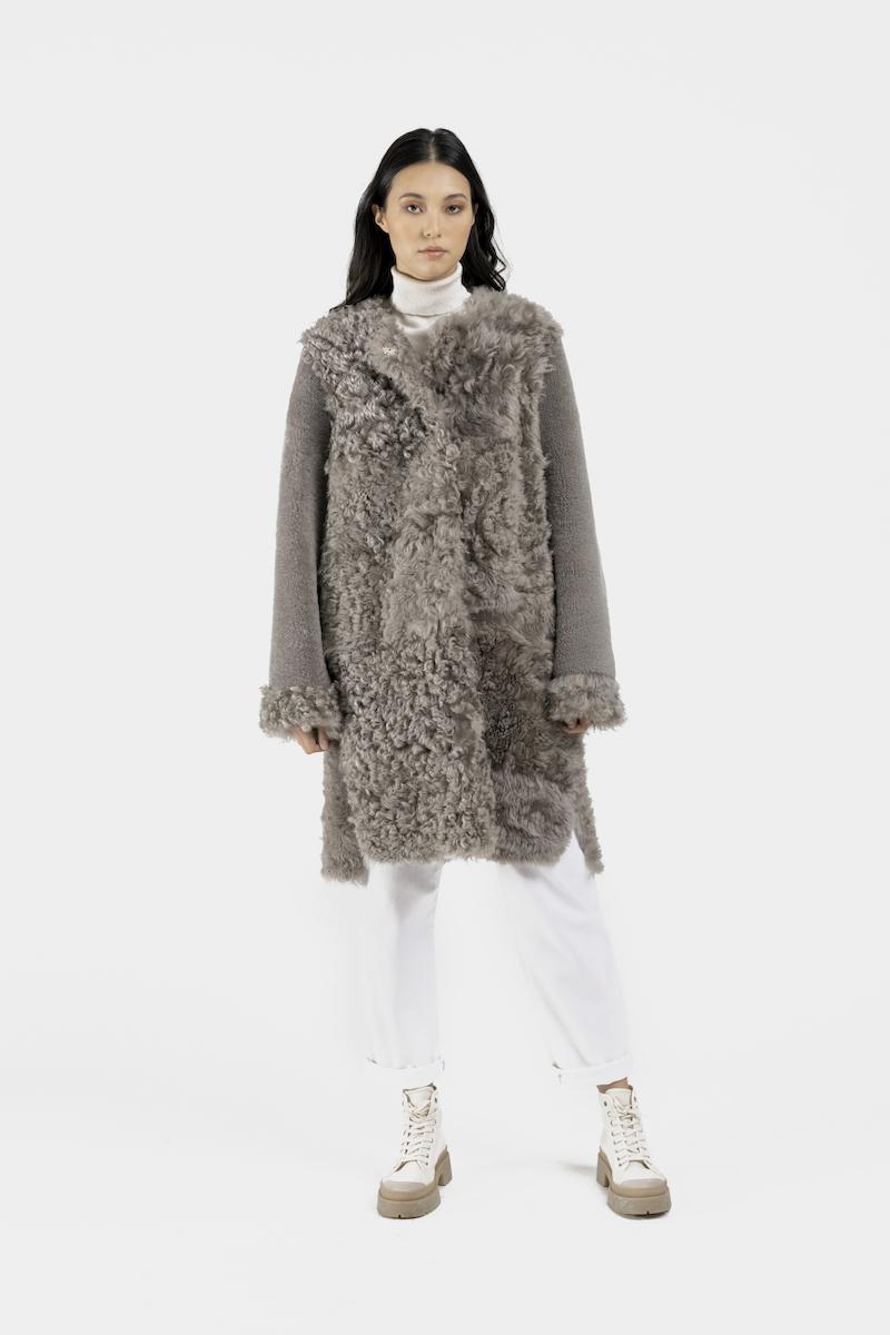 Aberdeen-manteau-agneau-retourné-gris-devant