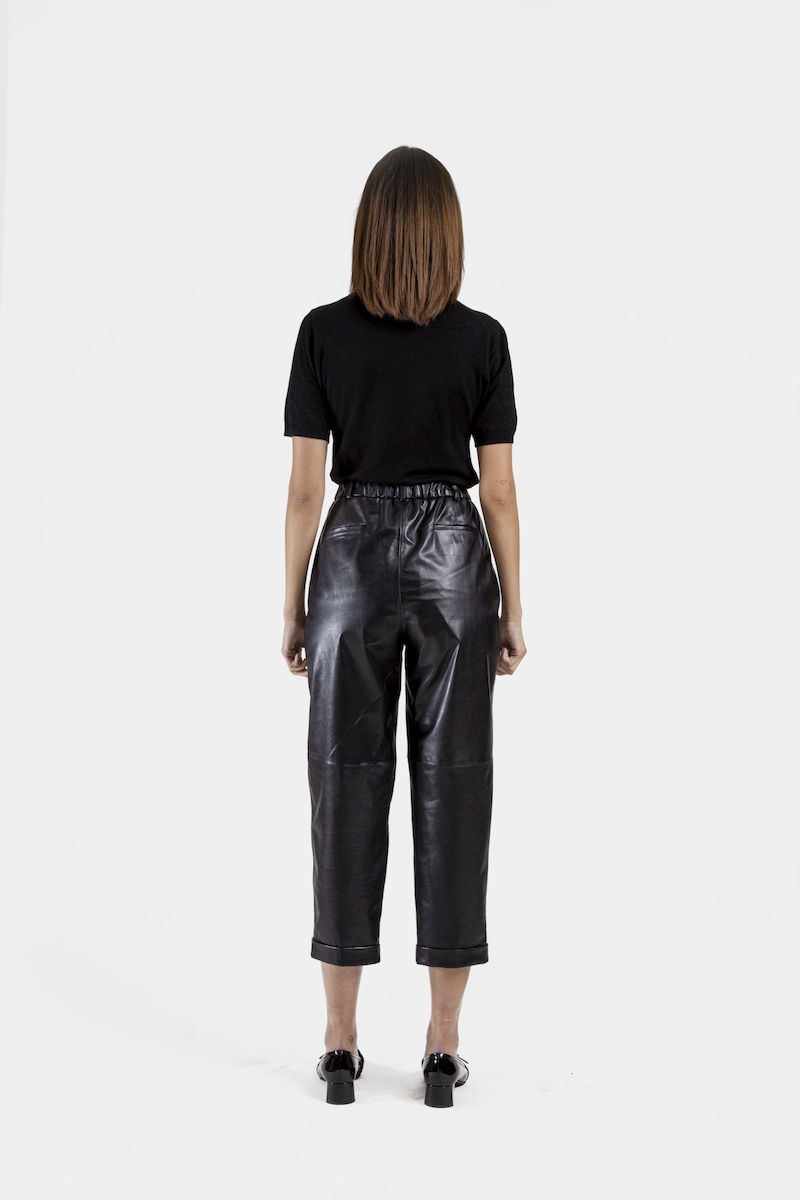 Louane-pantalon-cuir-agneau-dos
