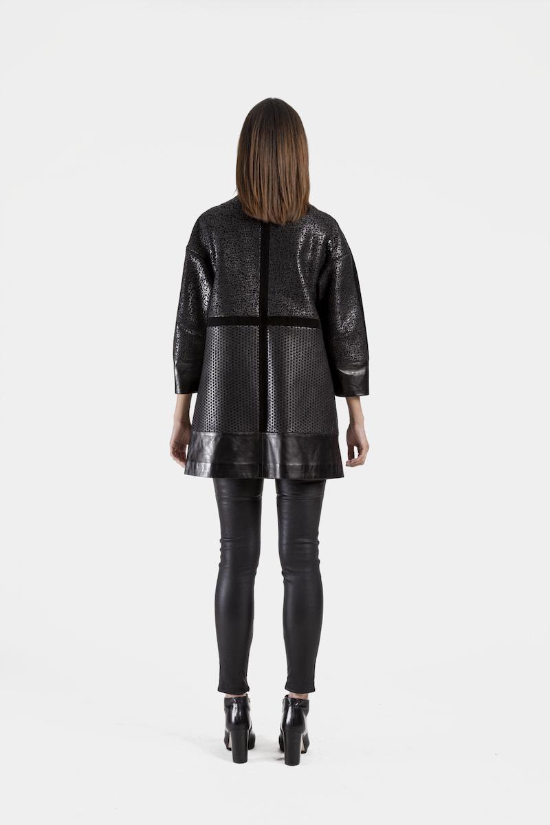 Nora-veste-exclusive-daim-cuir-agneau-perfore-dos