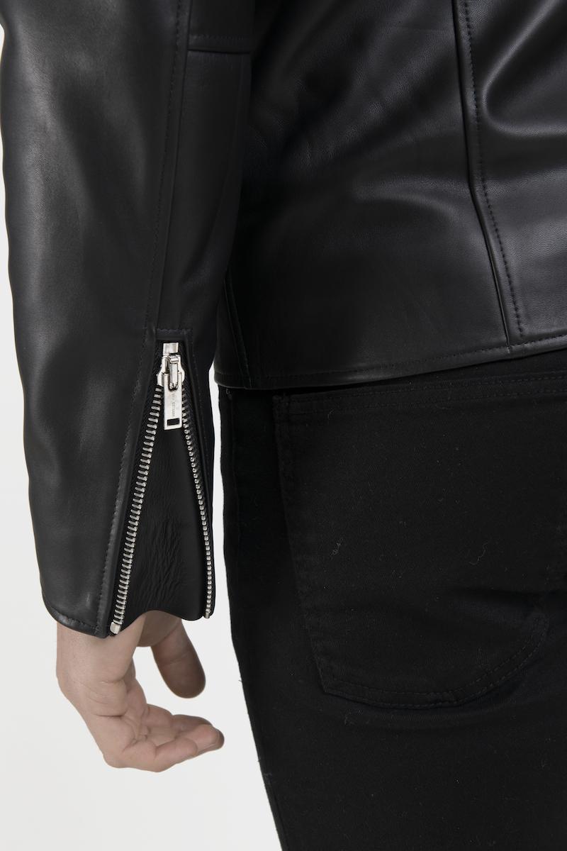 Perfecto-veste-blouson-cuir-agneau-noir-detail
