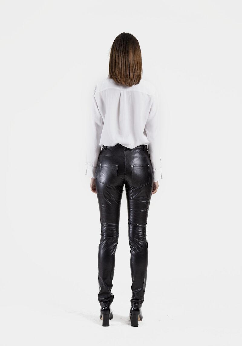Sting-pantalon-cuir-agneau-coupe-jeans-dos