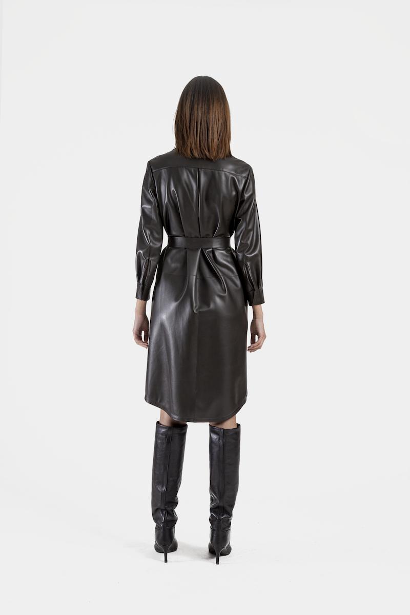 Venus-robe-cuir-agneau-dos
