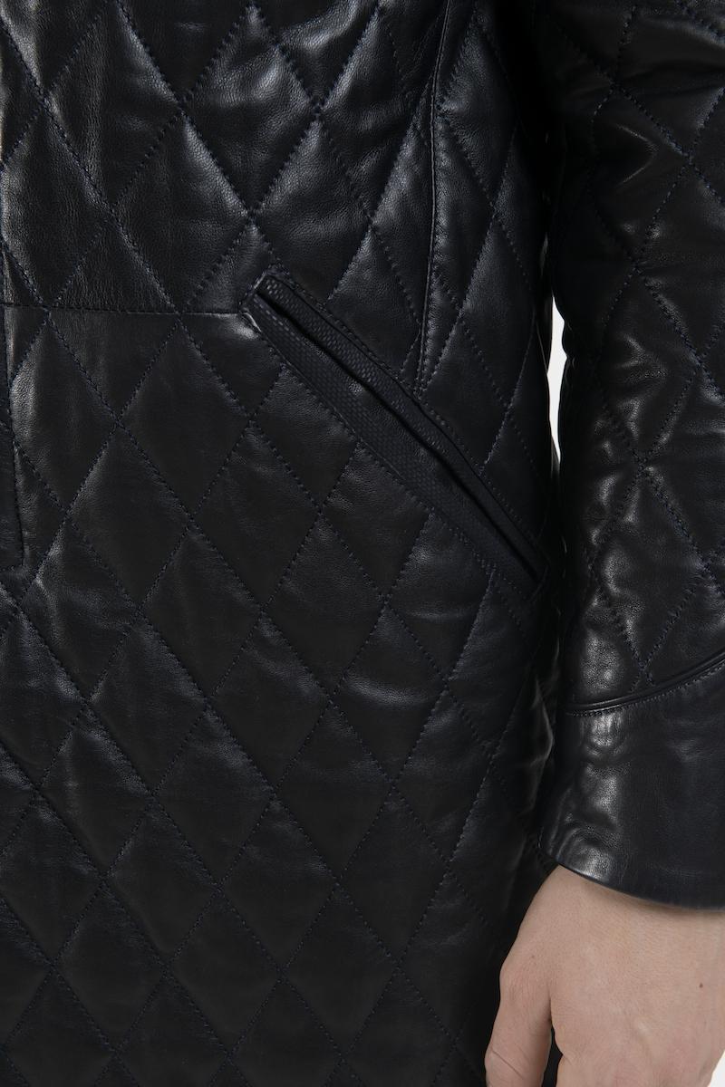 lino-manteau-veste-capitonne-cuir-agneau-detail