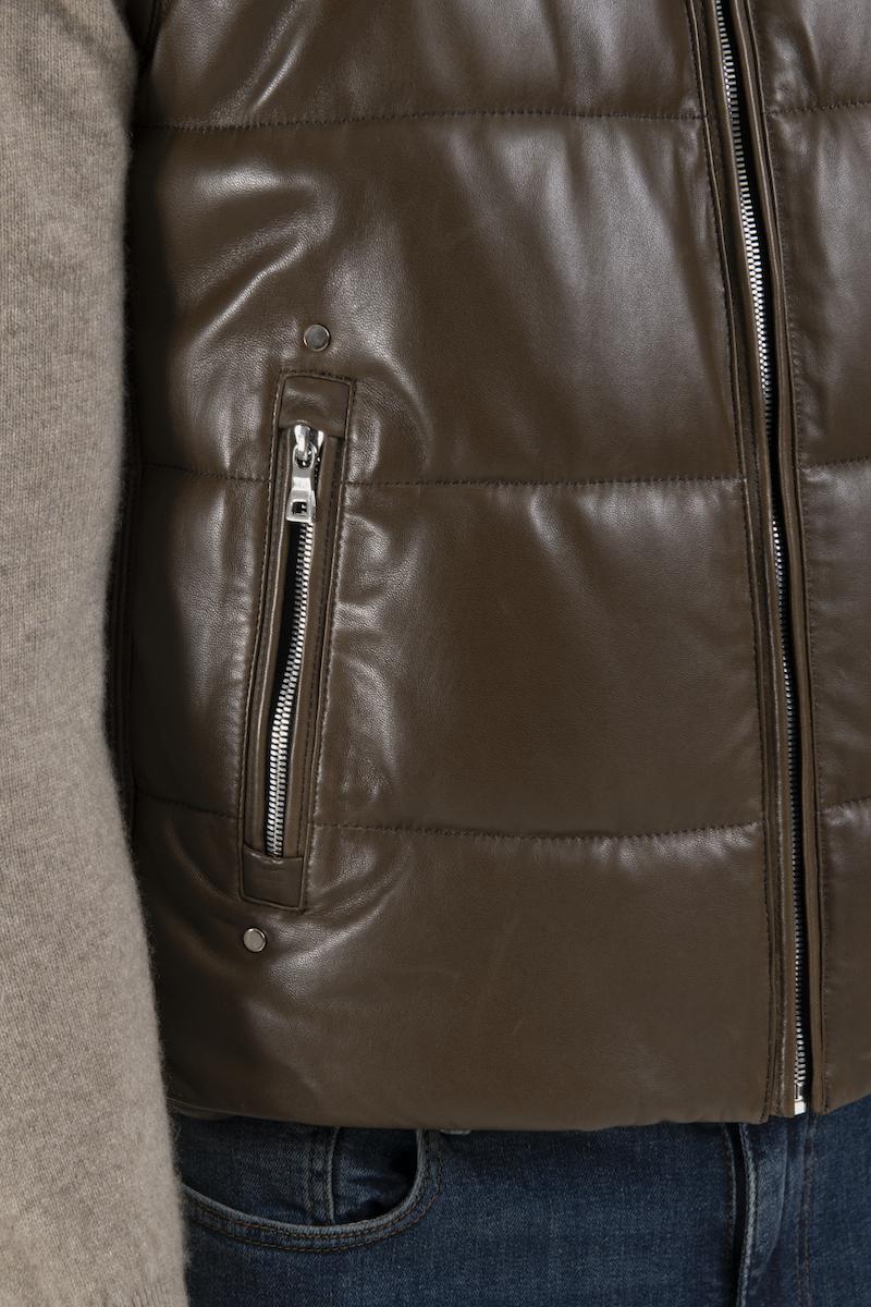 remi-gilet-doudoune-cuir-agneau-detail