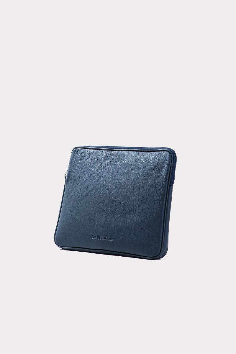 housse-pochette-ordinateur-cuir-veritable-luxe-bleu-cote