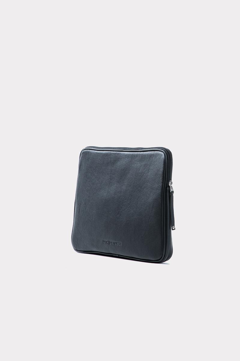 housse-pochette-ordinateur-cuir-veritable-luxe-noir-cote