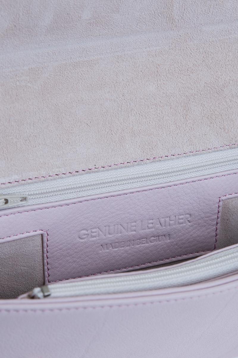 rhea-sac-a-main-pochette-cuir-veau-pleine-fleur-rose-detail