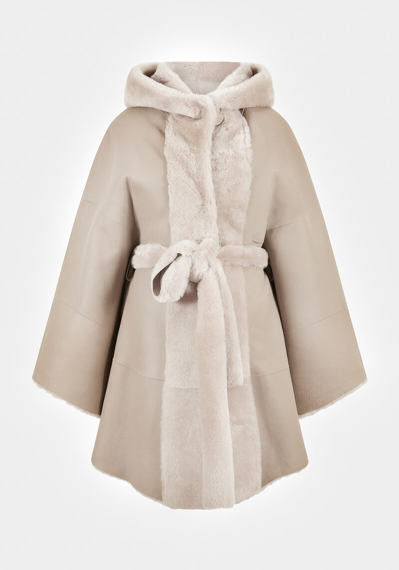 fabiana-cape-veste-elegante-chaude-confortable-capuchon-ceinture-agneau-retourne-peau-lainee