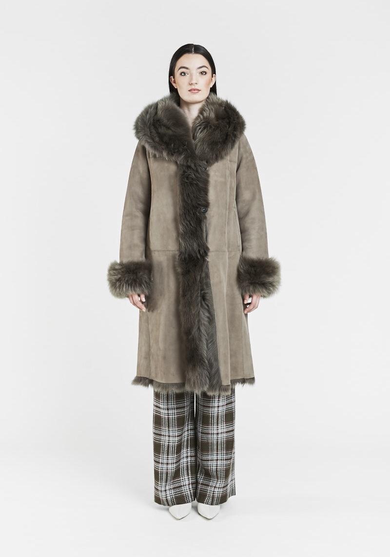fania-manteau-chaud-confortable-capuchon-agneau-retourne-toscane-peau-lainee-1