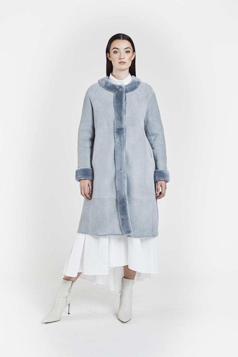fiorella-veste-reversible-confort-legere-peaux-lainees-agneau-retourne-bleu-1