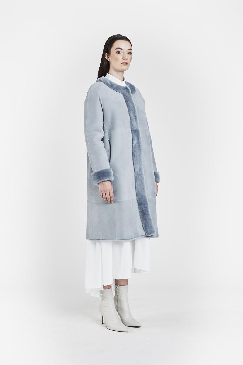 fiorella-veste-reversible-legere-confort-legere-peaux-lainees-agneau-retourne-bleu