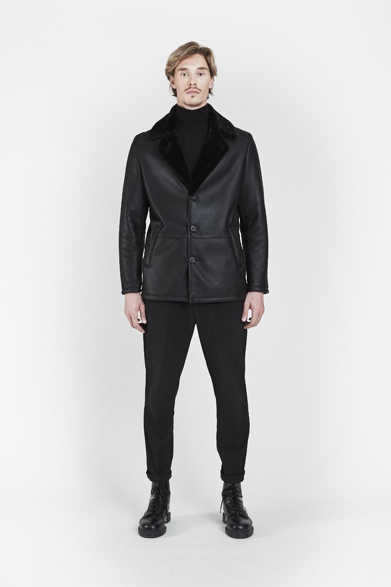 largo-veste-elegante-col-revers-agneau-retourne-peau-lainee-dev